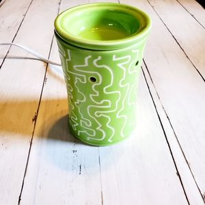Scentsy Electric Warmer Daphne Lime Green White